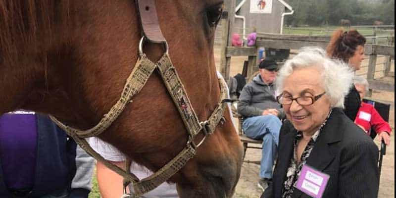Equine Therapy- Alzheimers Patient with orse